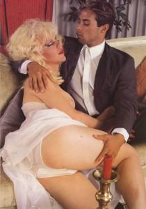 vintage blonde shemale porn